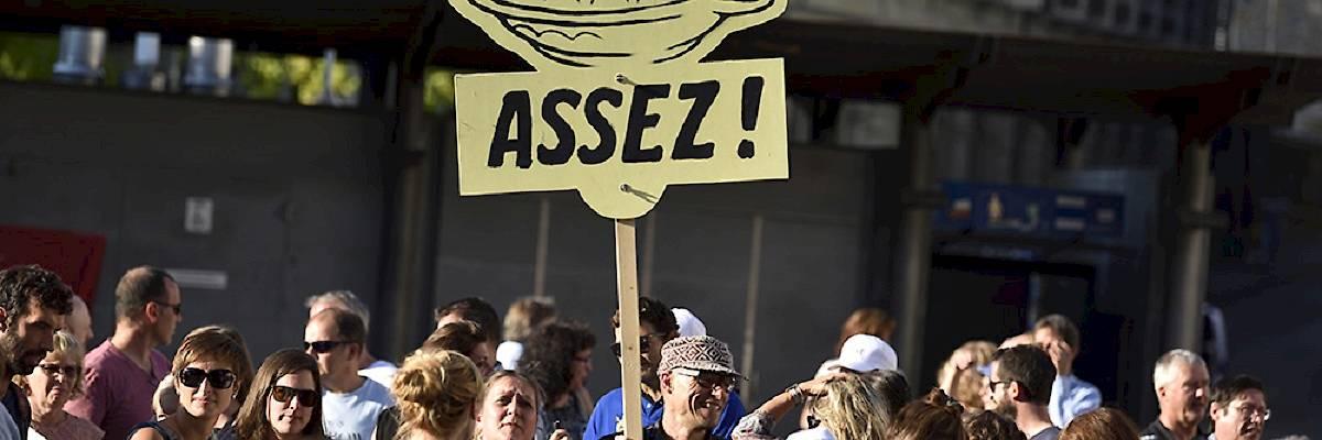 CPPEF: 1'500 salariés dans la rue contre la baisse massive des rentes et l'élévation de l'âge de la retraite
